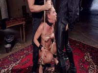 Une séance de punition tourne à une partie de sexe