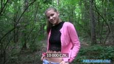 Ado rencontrée et baisée dans les bois